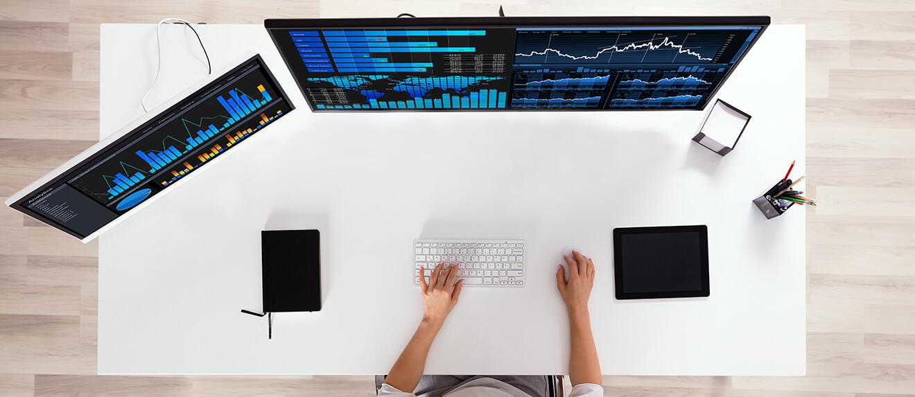 Heavy duty monitors screen
